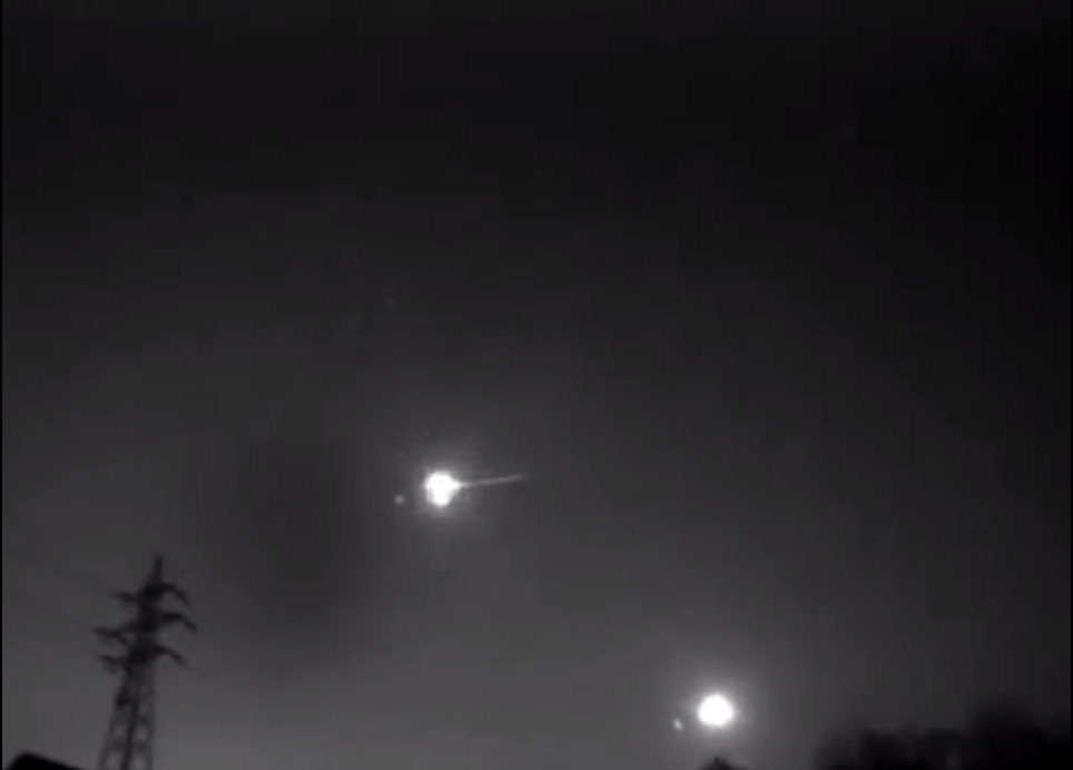 Meteor footage over Japan